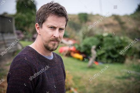 (Ep 3) - Lee Ingleby as David Collins.