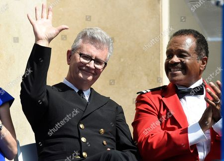"""Fred Grandy, Ted Lange. Fred Grandy, left, and Ted Lange, cast members on the TV series """"The Love Boat,"""" appear at a Friends of Hollywood Walk of Fame honorary star plaque ceremony for the cast and Princess Cruises, in Los Angeles"""