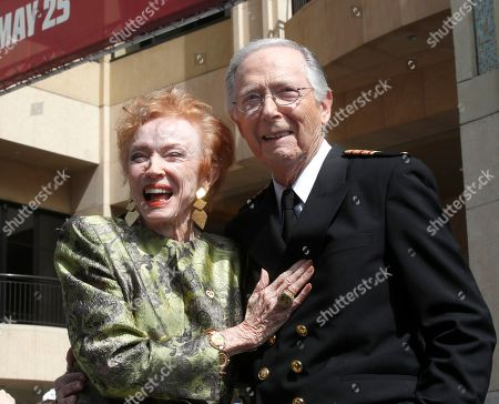 Bernie Kopell and Jeraldine Saunders