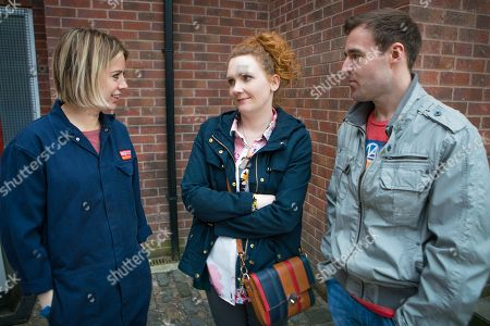 Stock Image of Ep 9461 Monday 21 May 2018 - 1st Ep Abi Franklyn, as played by Sally Carmen, starts work at the garage. Fiz Stape, as played by Jennie McAlpine, feels a stab of jealousy when she clocks the easy rapport between Tyrone Dobbs, as played by Alan Halsall, and Abi. When she then hears Abi's an ex heroin addict, Fiz is less than impressed.