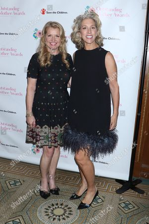 Mindy Grossman, CEO of Weight Watchers and Jan Singer, CEO of Victoria's Secret