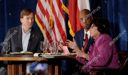 Lupe Valdez, Andrew White, Gromer Jeffers. Texas Democratic gubernatorial candidates Andrew White, left, and Lupe Valdez, right, take part in a debate, in Austin, Texas, ahead of the state's May 22 primary runoff election. Moderator Gromer Jeffers is at center