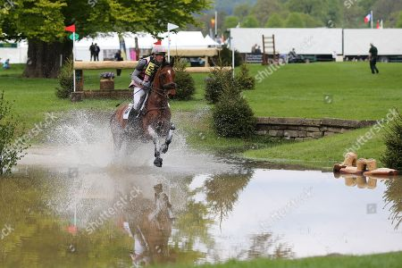 William Fox -Pitt riding Ludo FH during the International Horse Trials at Chatsworth, Bakewell. Picture by George Franks