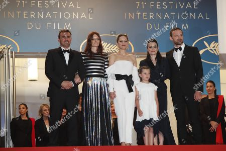 (L-R) French actor Alban Lenoir, French actress Amelie Daure, French actress Marion Cotillard, French actress Ayline Aksoy-Etaix, French director Vanessa Filho and French actor Alban Lenoir arrive for the screening of '3 Faces' during the 71st annual Cannes Film Festival, in Cannes, France, 12 May 2018. The movie is presented in the Official Competition of the festival which runs from 08 to 19 May.