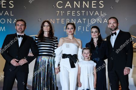 (L-R) French actor Stephane Rideau, French actress Amelie Daure, French actress Marion Cotillard, French actress Ayline Aksoy-Etaix, French director Vanessa Filho and French actor Alban Lenoir arrive for the screening of '3 Faces' during the 71st annual Cannes Film Festival, in Cannes, France, 12 May 2018. The movie is presented in the Official Competition of the festival which runs from 08 to 19 May.