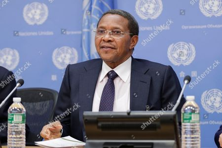 Stock Photo of Jakaya Mrisho Kikwete, former President of Tanzania and Commissioner with the International Commission on Financing Global Education Opportunity, briefs journalists on the launch of International Finance Facility for Education