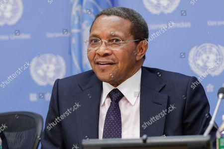 Stock Picture of Jakaya Mrisho Kikwete, former President of Tanzania and Commissioner with the International Commission on Financing Global Education Opportunity, briefs journalists on the launch of International Finance Facility for Education