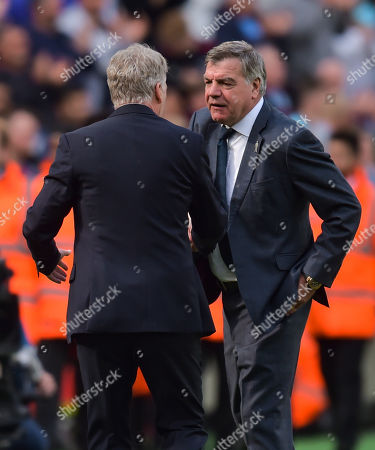 Everton manager Sam Allardyce and West Ham United Manager David Moyes shake hhands at full-time
