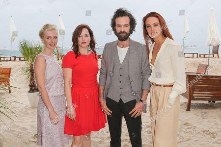 Lucie Debay, Laure Calamy, Romain Duris and Laetitia Dosch