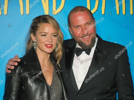 Virginie Efira and Francois Damiens