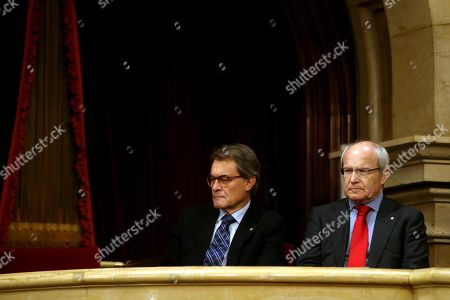 Stock Picture of Former Catalan regional Government President Artur Mas (L) and Jose Montilla during the second and last investiture session at the regional Parliament in Barcelona, northeastern Spain, 14 May 2018. Catalan pro-independence anti-capitalist party CUP decided yesterday to facilitate the investiture of JxCat party?s nominee for regional President, Quim Torra, as it was agreed that four of it members will refrain from voting in today's investiture. Torra would only need simple majority to become Catalan regional President.