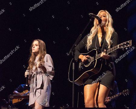 Maisy Stella and Lennon Stella