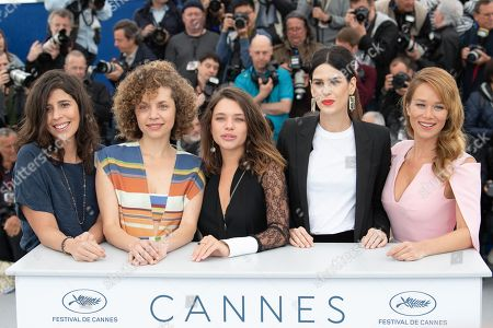 (L-R) Flora Diegues, Marina Provenzano, Bruna Linzmeyer, Luiza Mariani and Mariana Ximenes