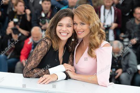 Actresses Bruna Linzmeyer (L) and Mariana Ximenes