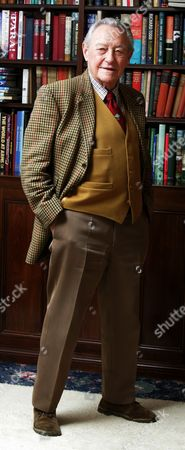 Actor Richard Todd Pictured At His Home In Grantham Lincs. 20.4.06  Features