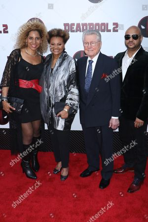 Leslie Uggams and family