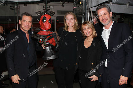 Josh Brolin, Emma Watts, Stacey Snider and Simon Kinberg