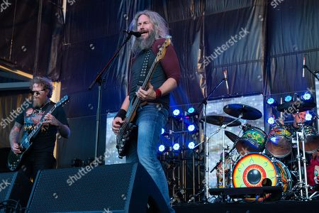 Mastodon - Brett Hinds and Troy Sanders
