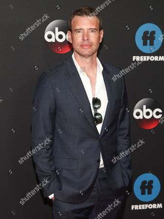 Scott Cohen attends the Disney/ABC/Freeform 2018 Upfront Party at Tavern on the Green, in New York