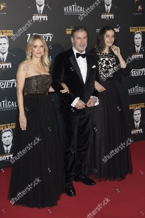 (L-R) Kelly Preston, John Travolta, Ella Bleu Travolta,