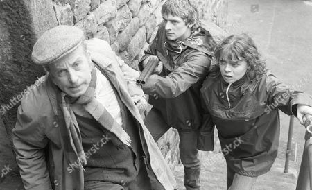 Stock Photo of Ep 447 Tuesday 9th May 1978 The Woolpack robbers take further hostages - With Sam Pearson, as played by Toke Townley ; Steve Hawker, as played by Paul Rosebury; Pip Coulter, as played by Julie Dawn Cole.