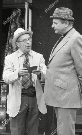 Ep 533 Tuesday 5th June 1979 Rev. Donald Hinton, as played by Hugh Manning ; Sam Pearson, as played by Toke Townley