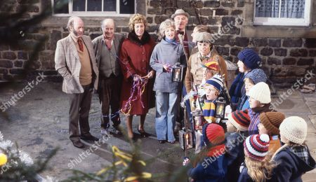 Ep 491 Tuesday 9th January 1979 Christmas carol singing - With Dolly Acaster, as played by Katharine Barker ; Henry Wilks, as played by Arthur Pentelow ; Matt Skilbeck, as played by Frederick Pyne ; Annie Sugden as played by Sheila Mercier ; Joe Sugden, as played by Frazer Hines ; Sam Pearson, as played by Toke Townley ; Henry Wilks, as played by Arthur Pentelow Amos Brearly, as played by Ronald Magill.