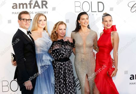 (L-R) Gabriel Macht, Jacinda Barrett, Caroline Scheufele, Adriana Lima and Petra Nemcova attend the Cinema Against AIDS amfAR gala 2018 held at the Hotel du Cap, Eden Roc in Cap d'Antibes, France, 17 May 2018, during the 71st annual Cannes Film Festival. The festival runs from 08 to 19 May.