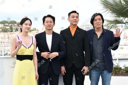 Director Chang-dong Lee and cast Jun Jong-Seo, Yoo Ah-In, Steven Yeun