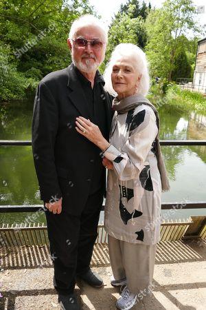 Stock Picture of Peter Egan & Linda Thorson
