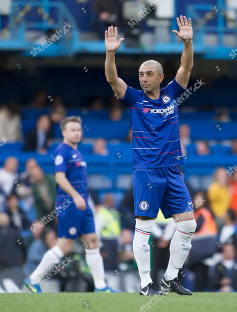 Stock Picture of Roberto Di Matteo of Chelsea Legends waves to the Chelsea Fans, Chelsea Legends v Inter Milan Forever, Ray Wilkins Memorial Match, Stamford Bridge, London United Kingdom, 18th May 2018