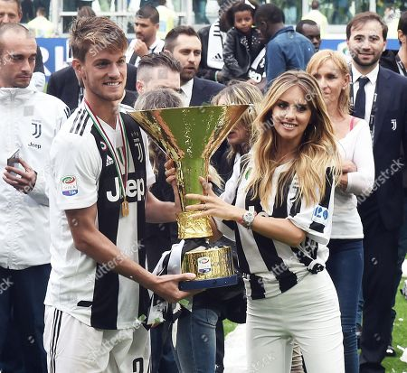 """Juventus' defender Daniele Rugani and his girlfriend Michela Persico celebrate after winning the Serie A Championship (""""Scudetto"""") at the end of the Italian Serie A soccer match Juventus FC vs Hellas Verona FC at Allianz Stadium in Turin, Italy, 19 May 2018."""