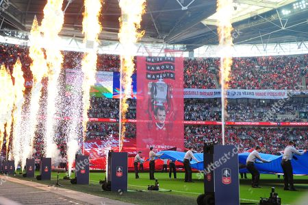 Wembley pays tribute to Ray Wilkins during Chelsea vs Manchester United, Emirates FA Cup Final Football at Wembley Stadium on 19th May 2018
