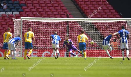 Shane Cooper-Clark of Thatcham Town scores a goal past Michael Arthur of Stockton Town, 0-1
