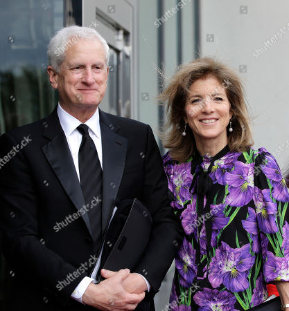 Ed Schlossberg, Caroline Kennedy. Caroline Kennedy, right, daughter of President John F. Kennedy, and her husband Ed Schlossberg, left, arrive at the John F. Kennedy Presidential Library and Museum before 2018 Profile in Courage award ceremonies, in Boston