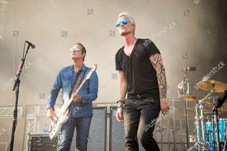 Jeff Gutt, Robert DeLeo. Jeff Gutt, left, and Robert DeLeo of Stone Temple Pilots perform at the Rock On The Range Music Festival at Mapfre Stadium, in Columbus, Ohio