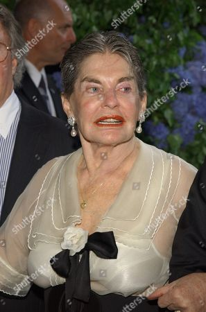 Stock Photo of Leona Helmsley Arrives to the 50th Anniversary of Howard J Rubenstein and Rubenstein Associates at Tavern On the Green in N Y 'S Cenrtal Park On June 7th 2004