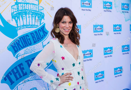 Courtney Henggeler arrives at the 2018 Heal the Bay Bring Back the Beach Gala, celebrating the accomplishments of honorees Los Angeles Mayor Eric Garcetti, Univision news anchor Gabriela Teissier and sustainability advocates Zooey Deschanel and Jacob Pechenik at The Jonathan Club on Thursday, May 17, in Santa Monica, CA
