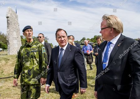 Commander-in-chief Micael Byén, prime minister Stefan Lofven, minister of defense Peter Hultqvist,