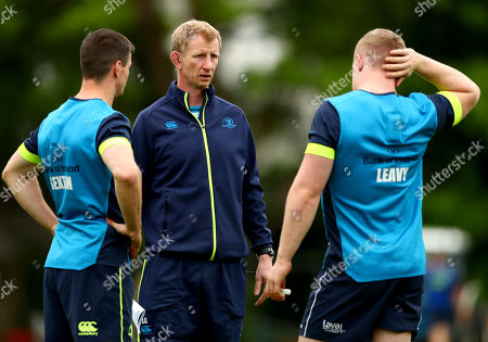 Jonathan Sexton and Dan Leavy with head coach Leo Cullen