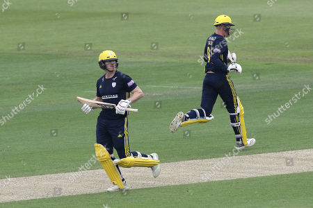 Jimmy Adams (L) and Brad Taylor add to the Hampshire total during Hampshire vs Essex Eagles, Royal London One-Day Cup Cricket at the Ageas Bowl on 23rd May 2018