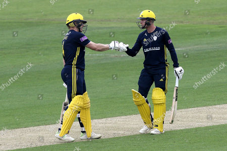 Jimmy Adams (L) and Brad Taylor of Hampshire enjoy a useful partnership during Hampshire vs Essex Eagles, Royal London One-Day Cup Cricket at the Ageas Bowl on 23rd May 2018