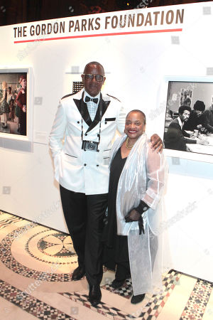 Documentary Photographer Jamel Shabazz and Author/Arts Educator Dr. Deb Willis