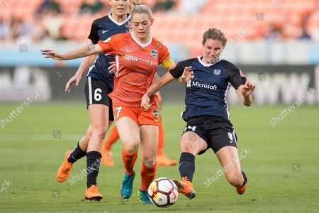 Houston Dash forward Kealia Ohai (7) and Seattle Reign FC defender Alyssa Kleiner (24) battle for the ball during a NWSL soccer match between the Houston Dash and the Seattle Reign at BBVA Compass Stadium in Houston, TX. The Dash won 2 to 1