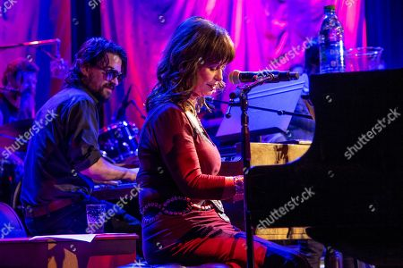 Shooter Jennings and Jessi Colter perform at Country Music Hall of Fame