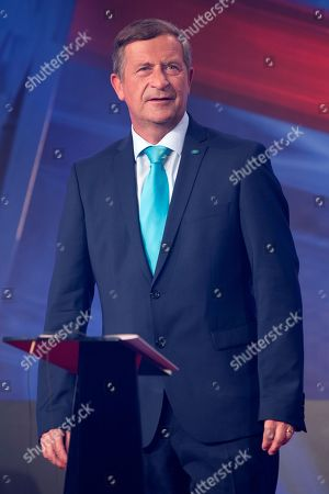 Karl Erjavec, President of the DESUS (Democratic Party of Pensioners of Slovenia) and candidate for the snap parliamentary elections, participates in a television debate in Ljubljana, Slovenia, 28 May 2018. Slovenia holds snap parliamentary elections on 03 June 2018.
