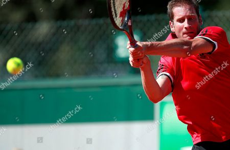 Florian Mayer of Germany in action against Mischa Zverev of Germany during their men?s first round match during the French Open tennis tournament at Roland Garros in Paris, France, 29 May 2018.