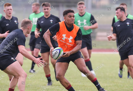 Ben Thomas during a training session ahead of the opening match of the World Rugby U20 Championship