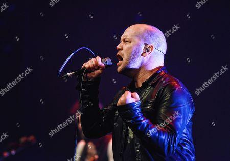 Finger Eleven - Vocalist Scott Anderson