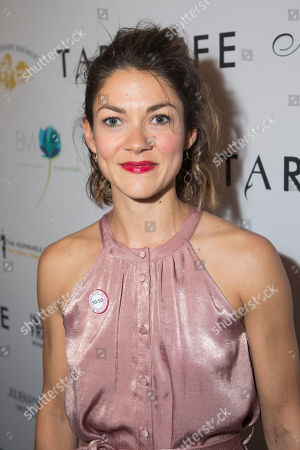 Olivia Ross (Mariane)